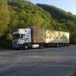 Transport trailer me tende Rumani